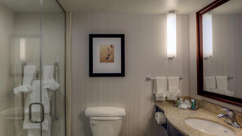 Hilton Garden Inn Virginia Beach Oceanfront-Bathroom with Shower<br/>Image from Leonardo