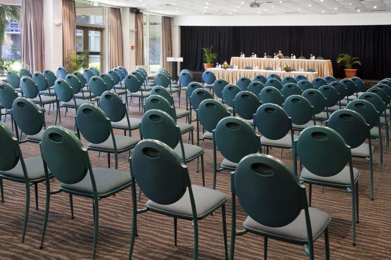 Holiday Inn Suva-Ballroom<br/>Image from Leonardo