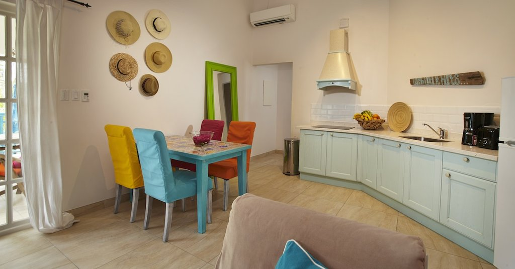 BOARDWALK BOUTIQUE HOTEL ARUBA-Kitchen<br/>Image from Leonardo