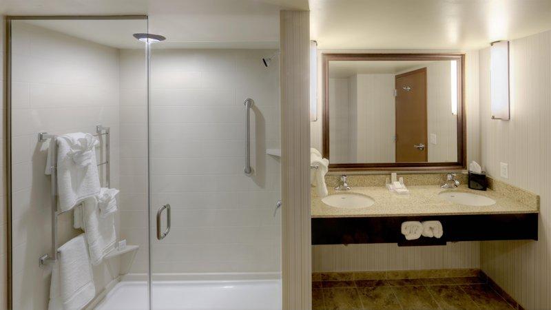 Hilton Garden Inn Virginia Beach Oceanfront-Suite Bathroom<br/>Image from Leonardo
