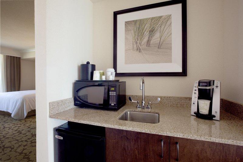 Hilton Garden Inn Virginia Beach Oceanfront-Suite Wet Bar Area<br/>Image from Leonardo