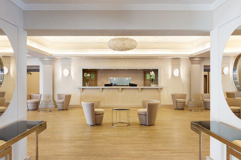Hotel Puente Romano-Foyer Salon Andalucia<br/>Image from Leonardo