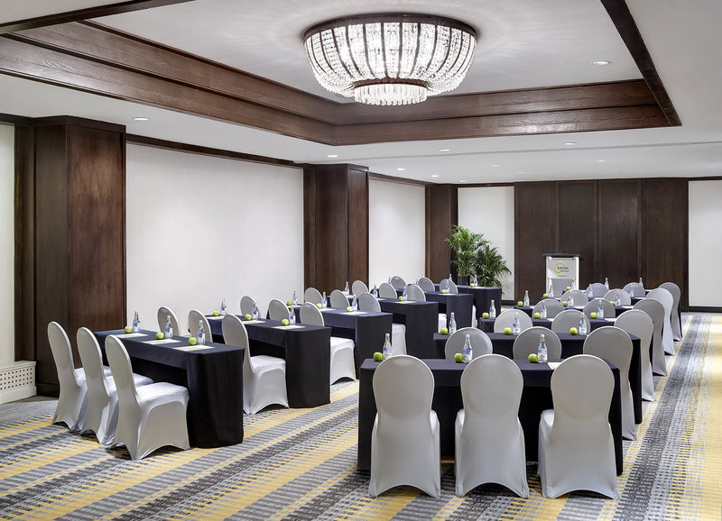 Chelsea Hotel Toronto-Rossetti Meeting Room<br/>Image from Leonardo
