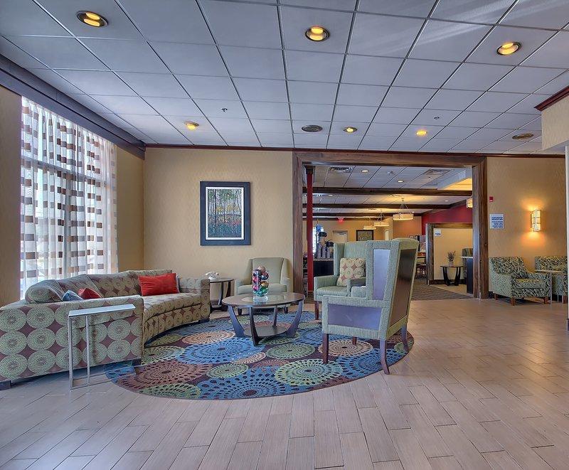 Holiday Inn Express Charleston - Civic Center-Lobby Lounge<br/>Image from Leonardo