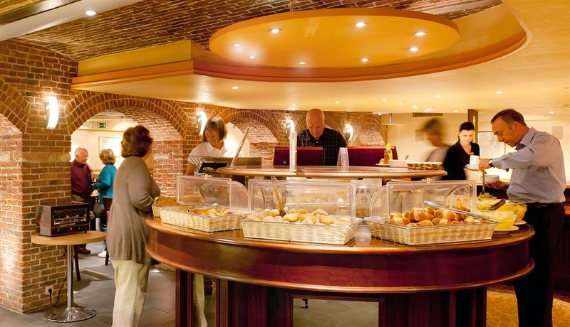 Academie-Breakfast Buffet<br/>Image from Leonardo