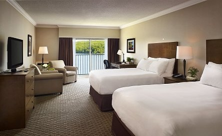 Deerhurst Resort-Lakeside Guestroom<br/>Image from Leonardo