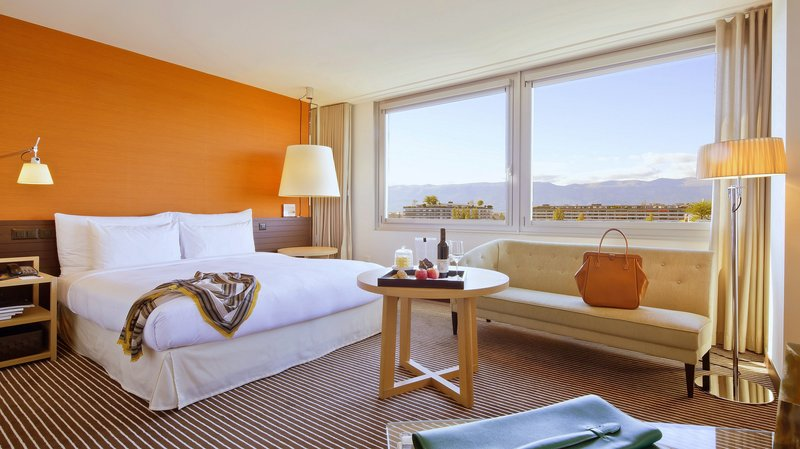 InterContinental Geneve-Executive Room featuring free Wifi & free access to Buiness Center<br/>Image from Leonardo