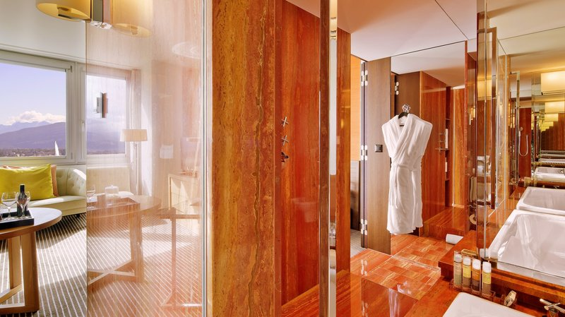 InterContinental Geneve-Guest Bathroom in Executive  Lake View<br/>Image from Leonardo