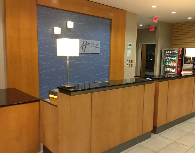 Holiday Inn Express & Suites Stamford-Front Desk<br/>Image from Leonardo