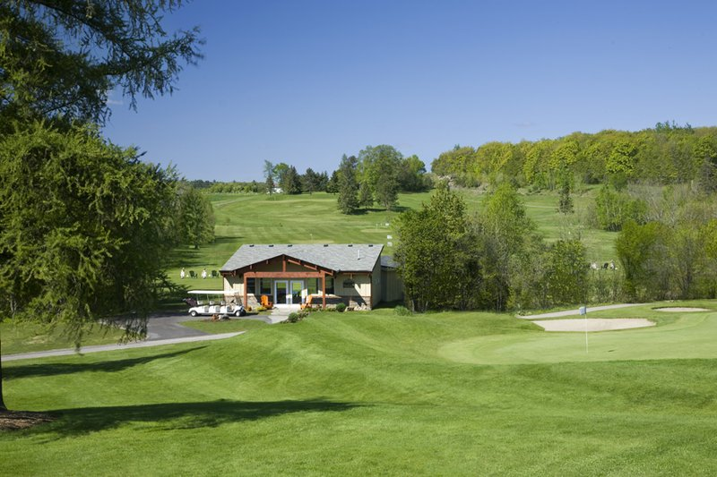 Deerhurst Resort-Deerhurst Lakeside Golf Academy<br/>Image from Leonardo