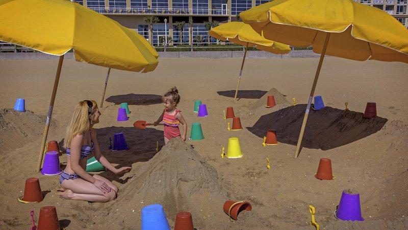Hilton Garden Inn Virginia Beach Oceanfront-Kid's Sand Play Area<br/>Image from Leonardo