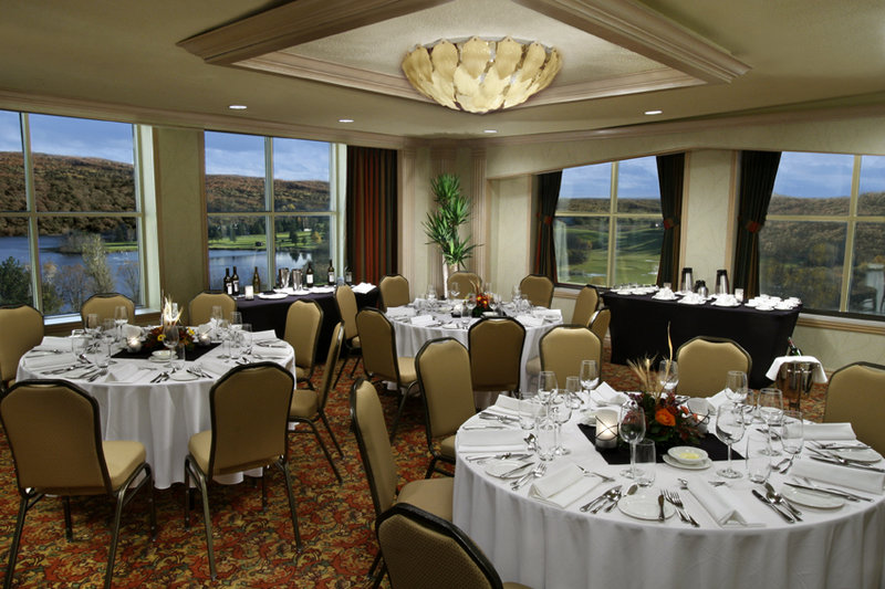 Deerhurst Resort-A.Y Jackson Room<br/>Image from Leonardo