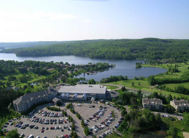 Deerhurst Resort-Deerhurst Resort in Summer<br/>Image from Leonardo