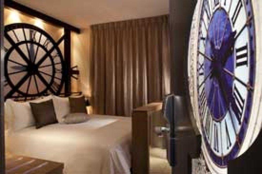 Secret de Paris - Guest Room <br/>Image from Leonardo