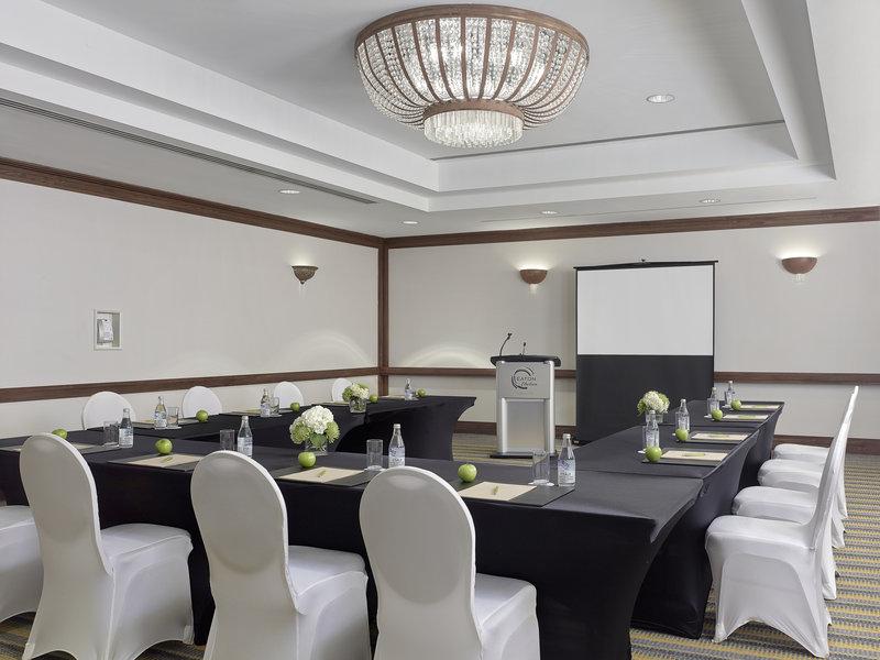 Chelsea Hotel Toronto-Baker Meeting Room<br/>Image from Leonardo