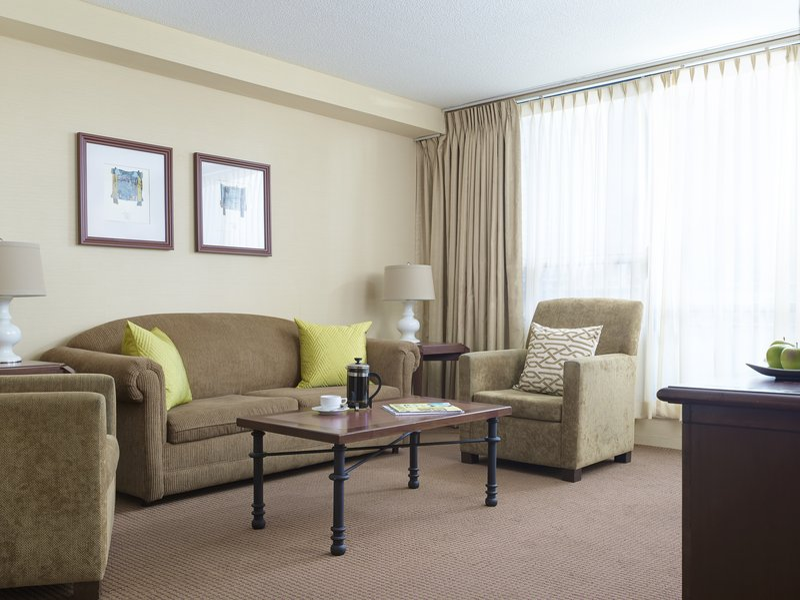 Chelsea Hotel Toronto-Business Suite Living Room<br/>Image from Leonardo