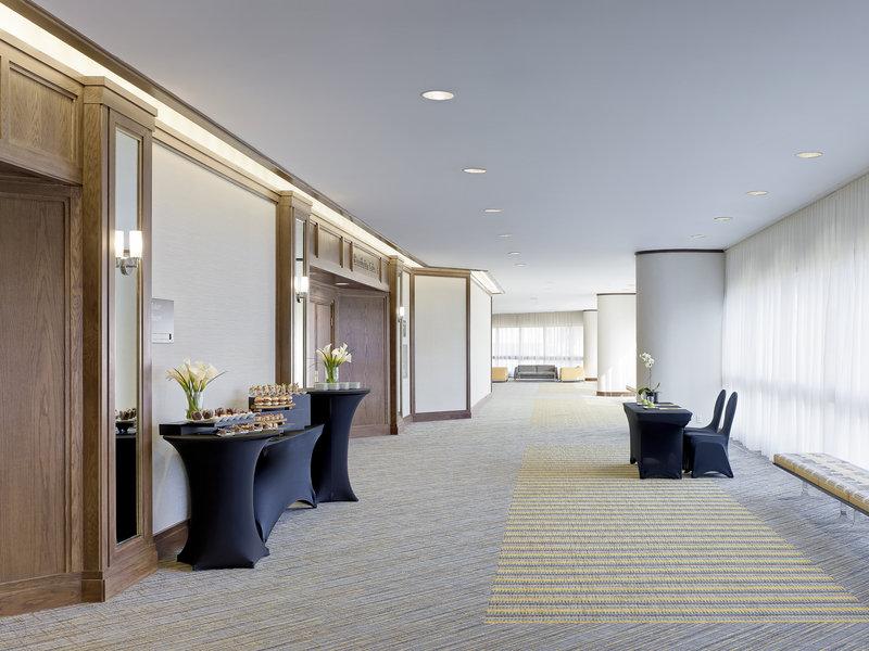 Chelsea Hotel Toronto-Mountbatten Lane<br/>Image from Leonardo