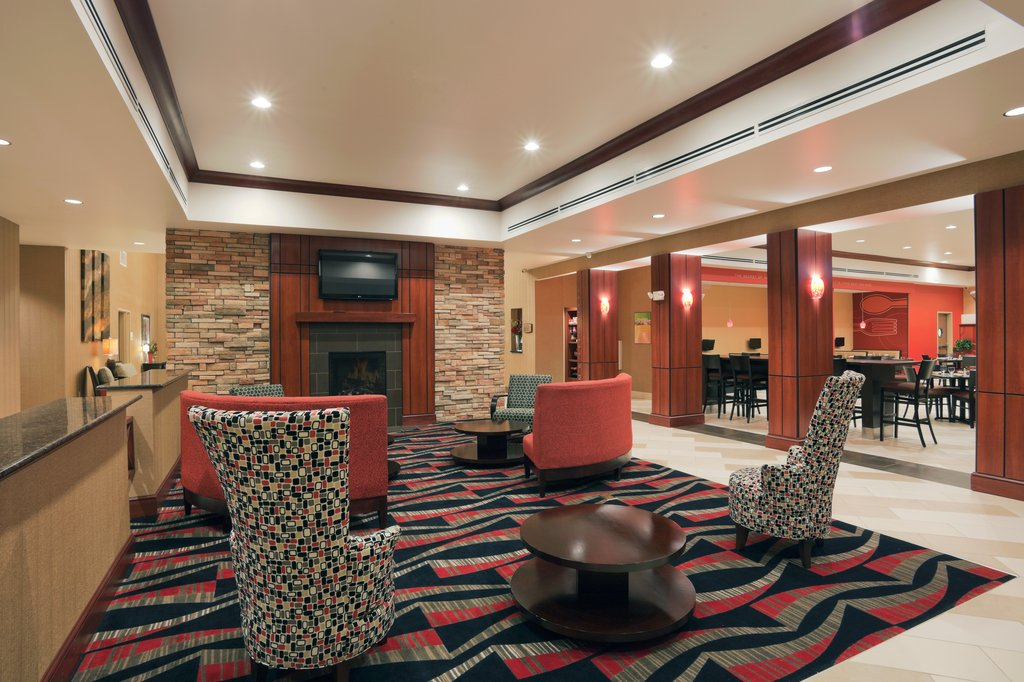 Holiday Inn Hotel & Suites Lima-Lobby Lounge<br/>Image from Leonardo