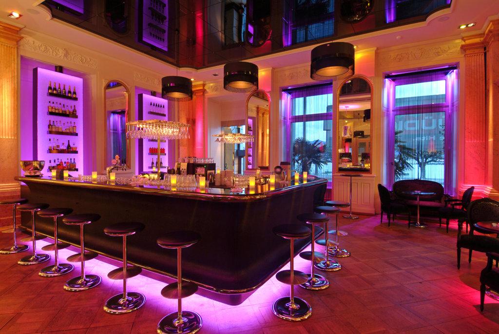 Hotel Schweizerhof Luzern-Schweizerhof Bar<br/>Image from Leonardo
