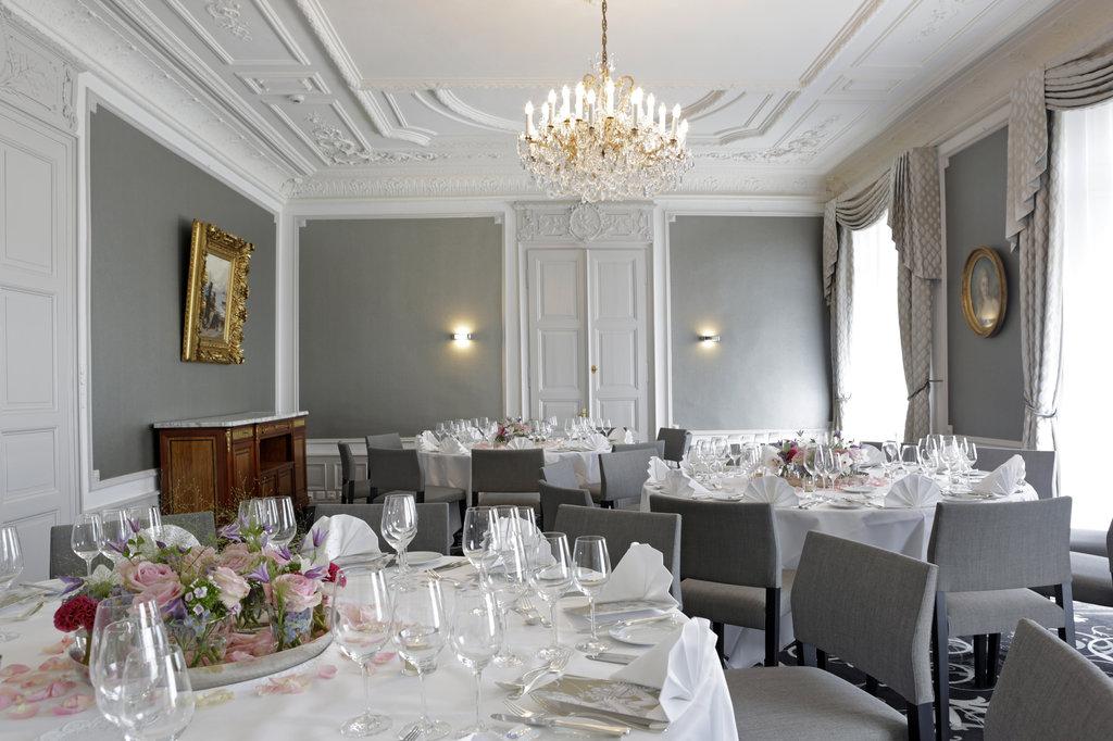 Hotel Schweizerhof Luzern-Conference Salon Bankett<br/>Image from Leonardo