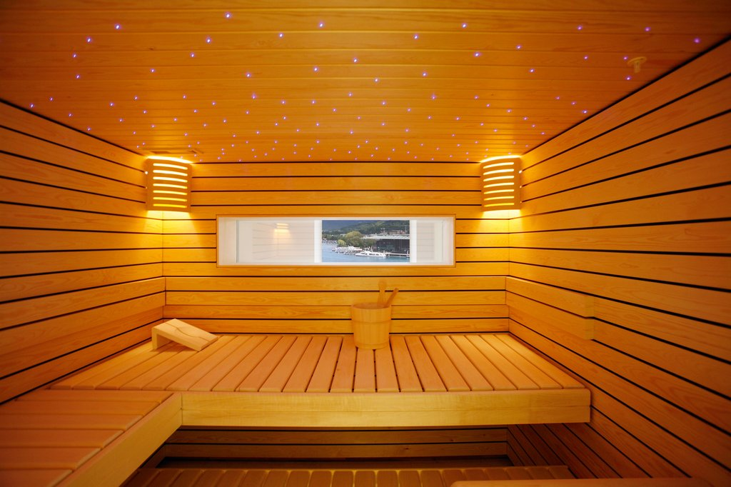 Hotel Schweizerhof Luzern-Sauna<br/>Image from Leonardo