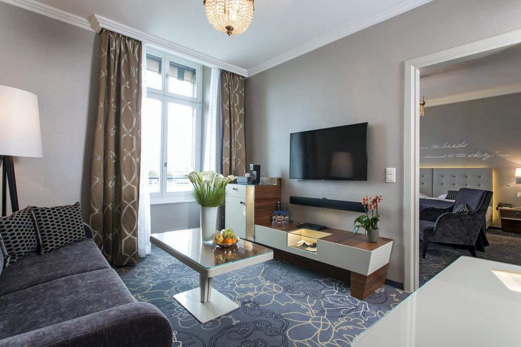 Hotel Schweizerhof Luzern-Rooms Suite<br/>Image from Leonardo