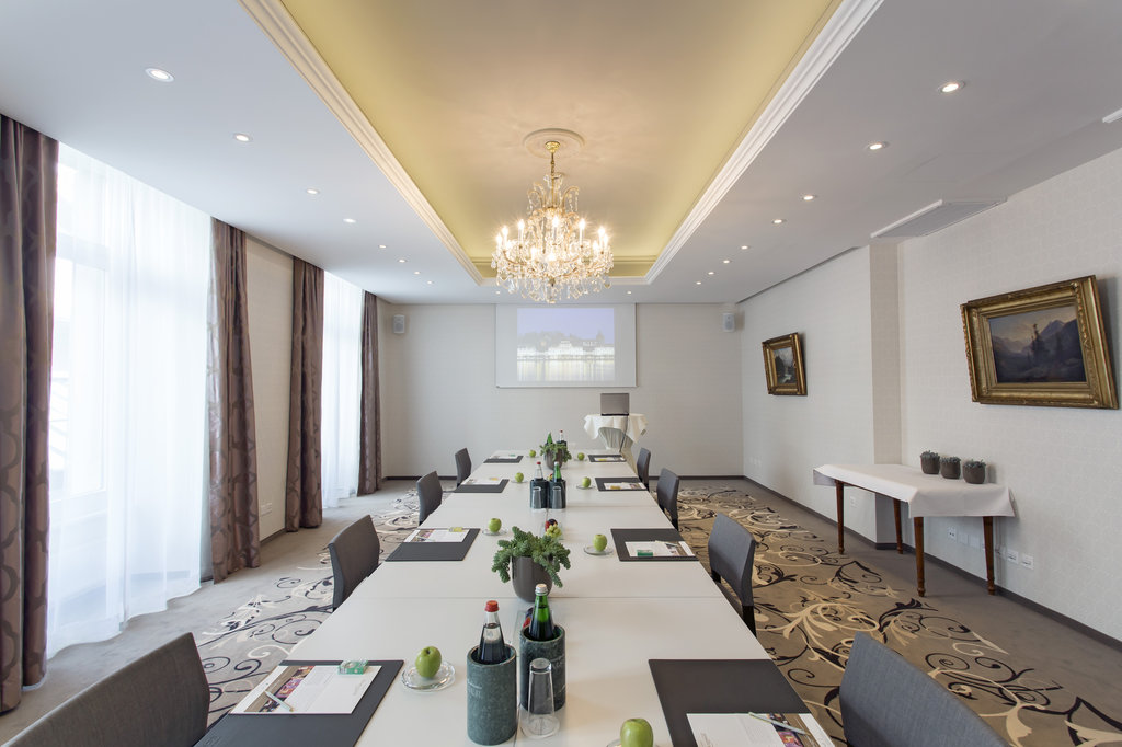 Hotel Schweizerhof Luzern-Conference Salon Seminar<br/>Image from Leonardo