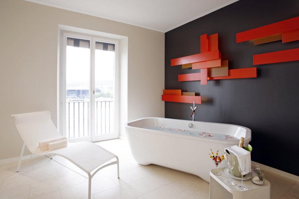 Hotel Schweizerhof Luzern-Wellness Suite<br/>Image from Leonardo