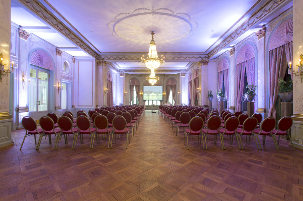 Hotel Schweizerhof Luzern-Conference Bringolf Seminar<br/>Image from Leonardo