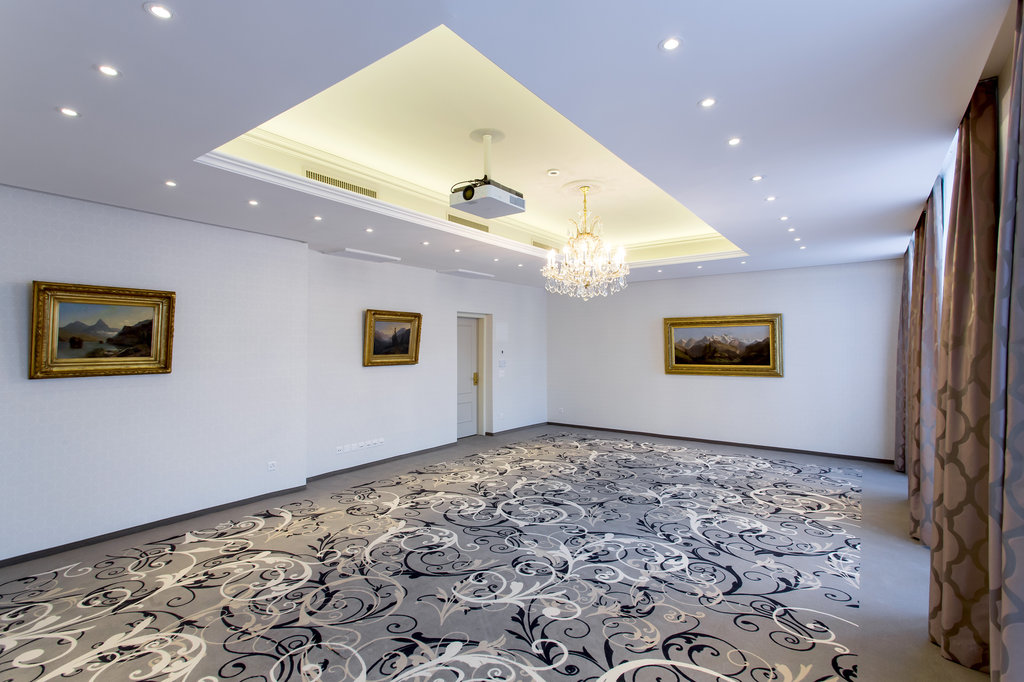 Hotel Schweizerhof Luzern-Conference Salon<br/>Image from Leonardo