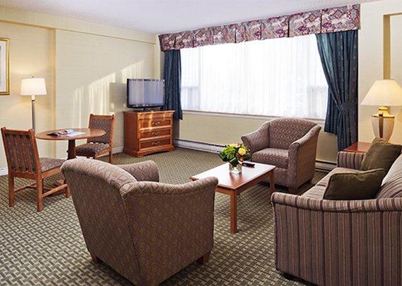 Comfort Hotel Downtown Toronto-Comfort R<br/>Image from Leonardo