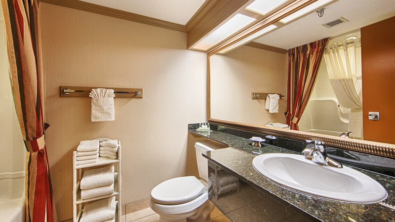 Best Western Plus Port OCall Hotel-Guest Bathroom<br/>Image from Leonardo