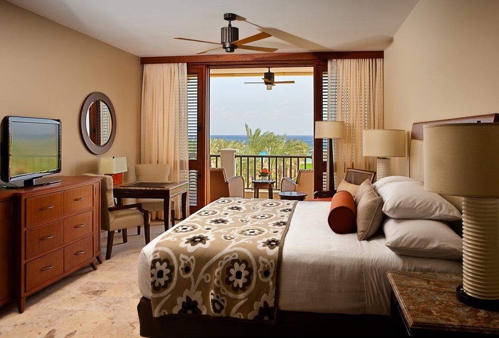 Santa Barbara Beach & Golf Rst - Partial Waterview King Room <br/>Image from Leonardo