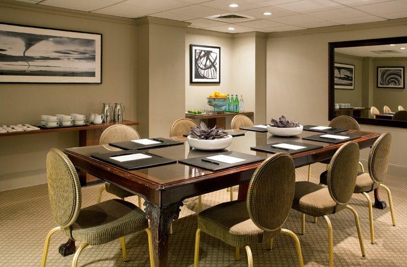Eliot Apartment Suites-Commonwealth Boardroom at The Eliot Hotel Boston<br/>Image from Leonardo