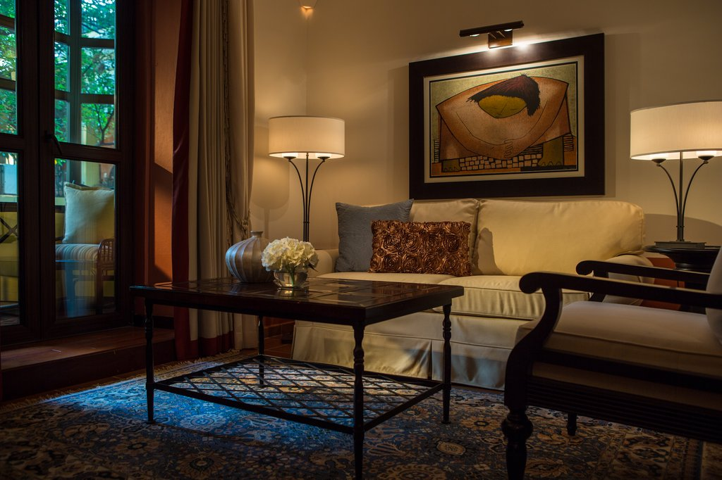 Hotel El Convento - Junior Suite Parlor <br/>Image from Leonardo