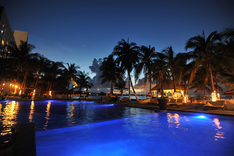 Dreams Sands Cancun - Pool Night <br/>Image from Leonardo