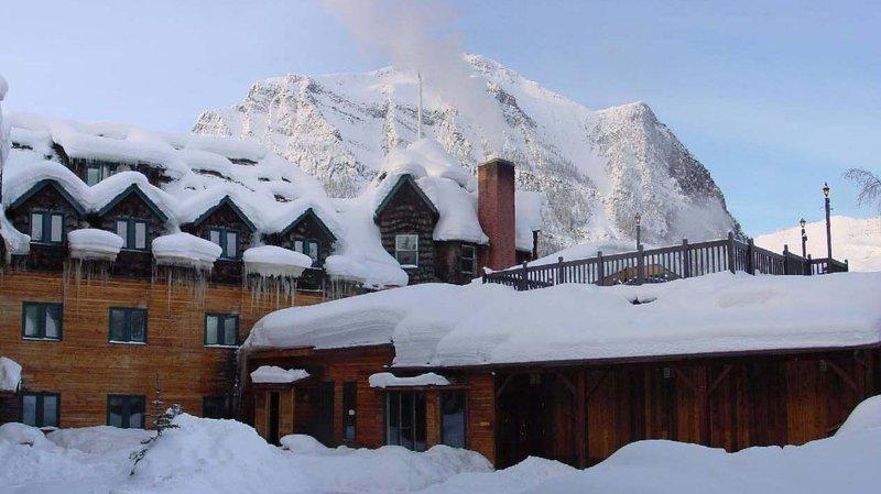Deer Lodge-Lodge Winter<br/>Image from Leonardo