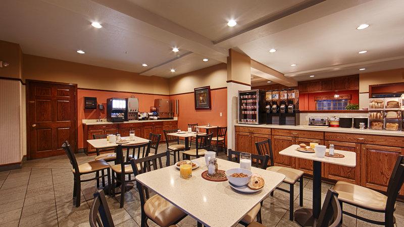 Best Western Desert Inn-Breakfast Area<br/>Image from Leonardo