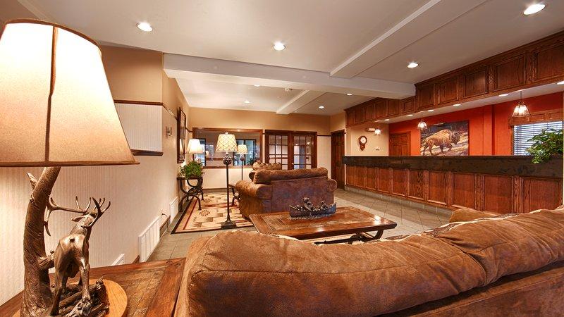 Best Western Desert Inn-Lobby<br/>Image from Leonardo