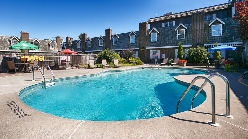 Best Western Fireside Inn-Pool<br/>Image from Leonardo