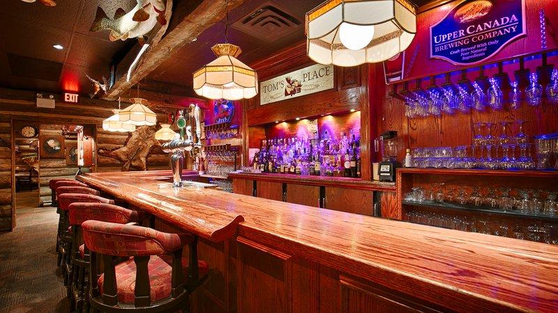 Best Western Fireside Inn-Tom's Place<br/>Image from Leonardo
