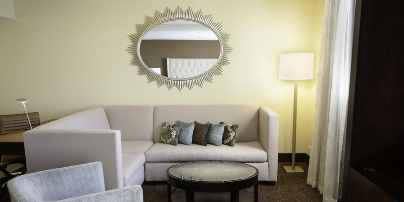 Hilton Baton Rouge Capitol Center-Jr Suite Living Room<br/>Image from Leonardo