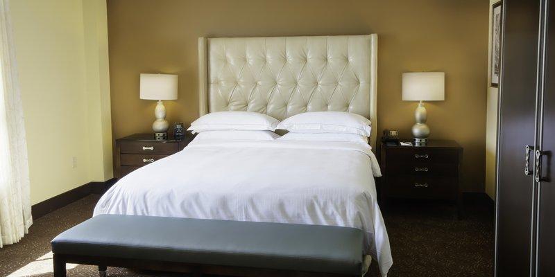 Hilton Baton Rouge Capitol Center-Jr Suite Bed<br/>Image from Leonardo