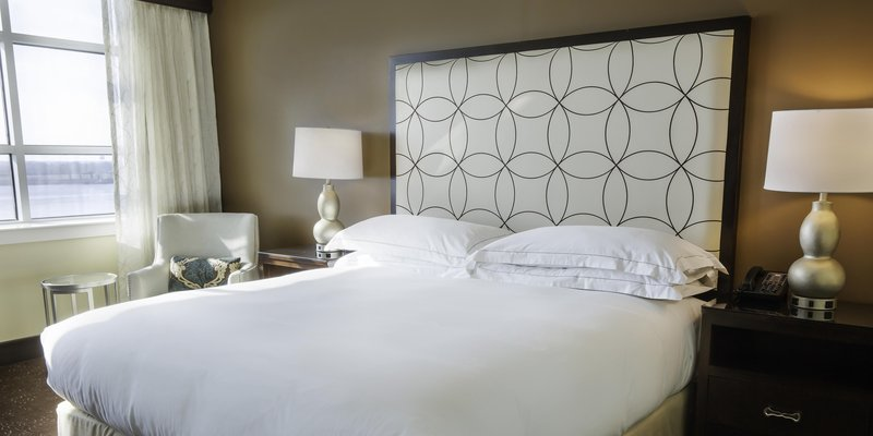 Hilton Baton Rouge Capitol Center-King Room Riverview<br/>Image from Leonardo
