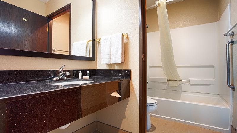 Best Western Old Mill Inn-Guest Bathroom<br/>Image from Leonardo