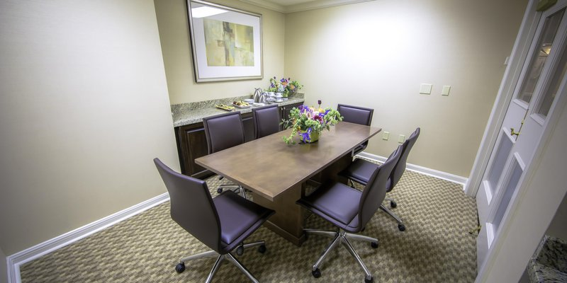 Hilton Baton Rouge Capitol Center- Jr Boardroom<br/>Image from Leonardo