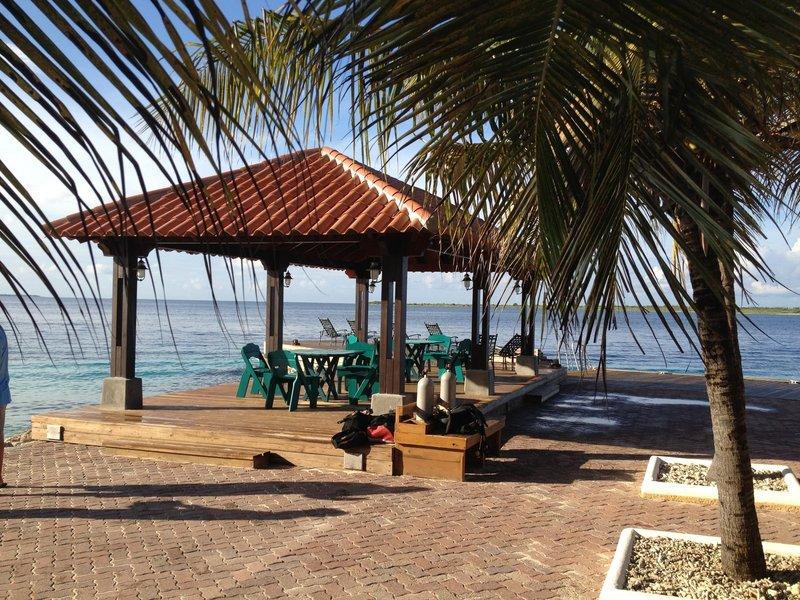 Harbour Village Beach Club-Great Adventures Bonaire diving deck<br/>Image from Leonardo