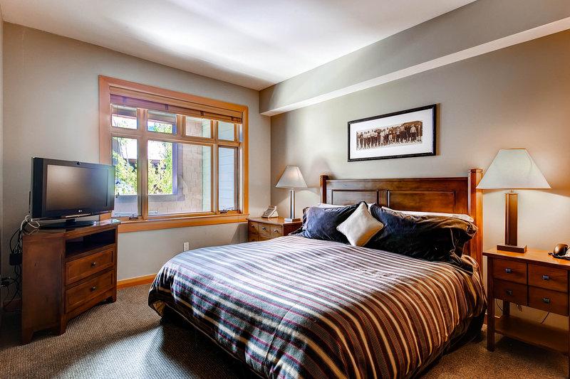 The Westin Snowmass Resort-Capitol Peak Lodge Bedroom<br/>Image from Leonardo