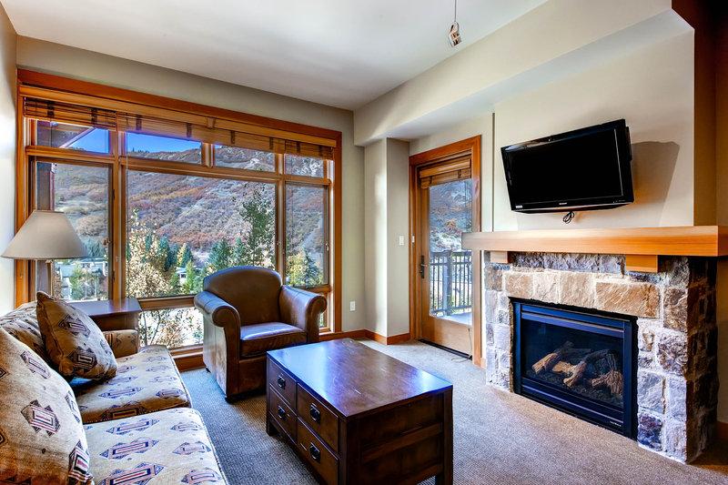 The Westin Snowmass Resort-Capitol Peak Lodge Living Room<br/>Image from Leonardo