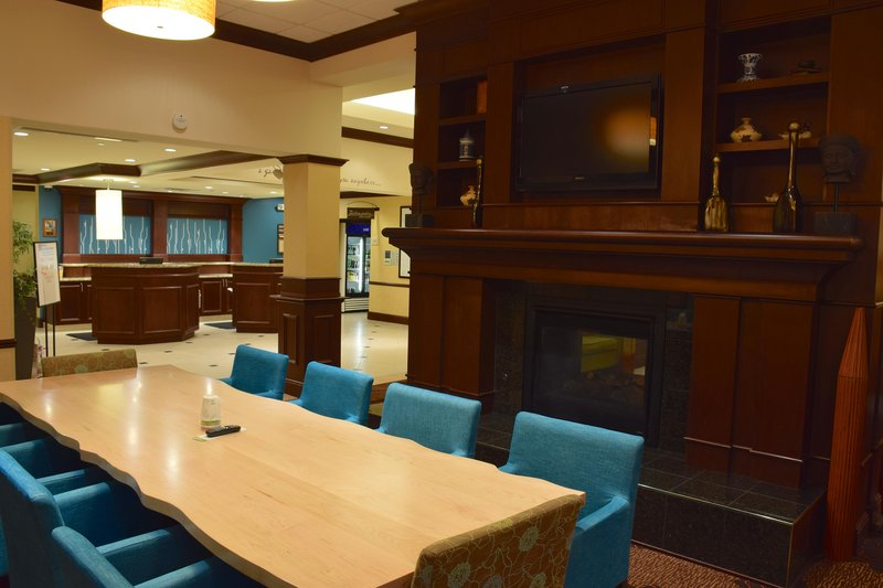 Hilton Garden Inn Dayton Beavercreek-Community Table<br/>Image from Leonardo